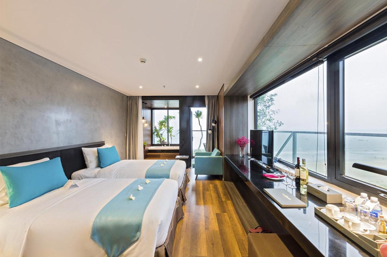 phòng khách sạn The Code view biển Đà Nẵng