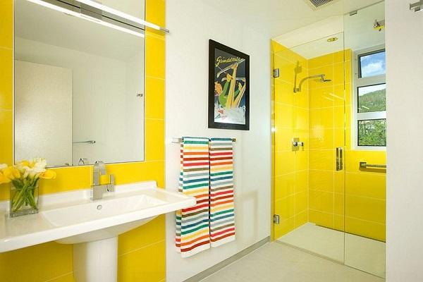 màu sơn phòng tắm màu vàng