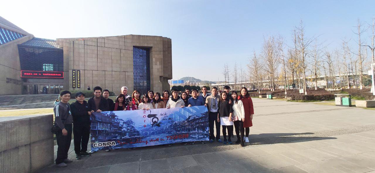 Conpa đặt chân tới Phượng Hoàng Cổ Trấn, Hồ Nam, Trung Quốc