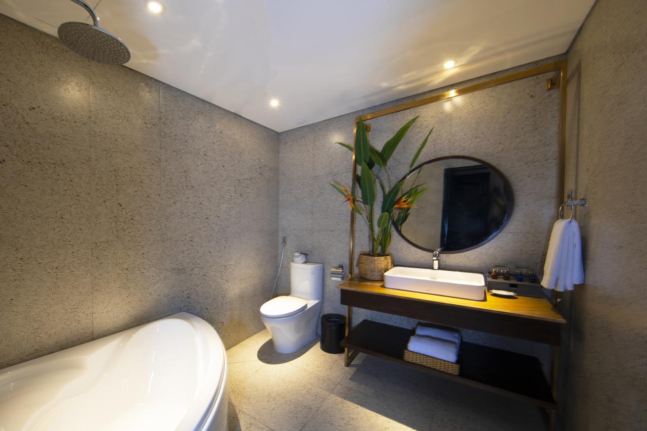 Phòng tắm alagon hotel tại Sài Gòn
