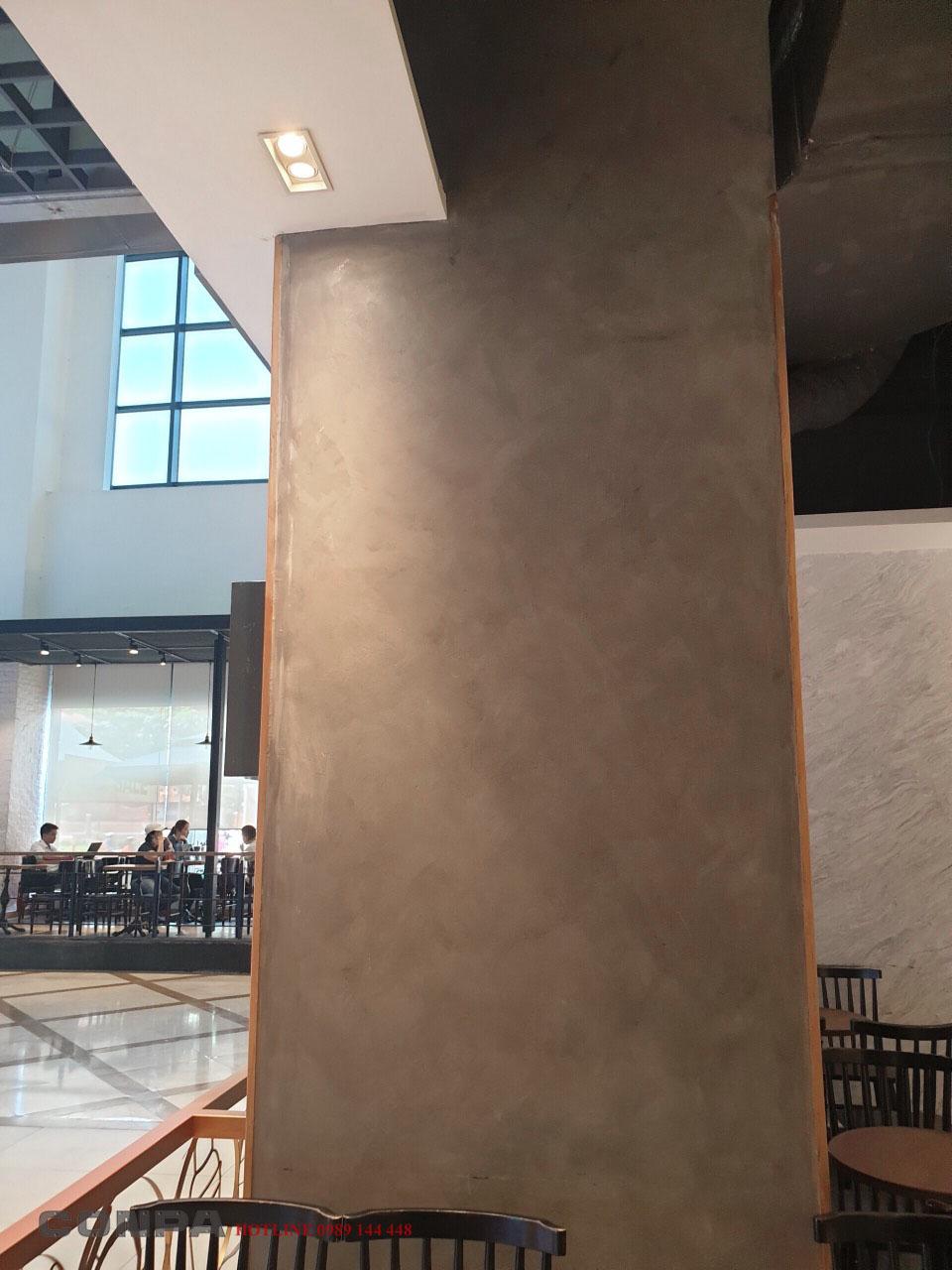 Thi công sơn giả bê tông quán cà phê the koi nowzone sai gon