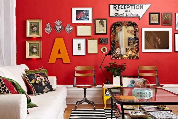 phòng khách màu đỏ
