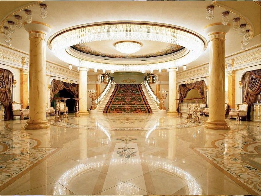 Khách sạn sử dụng sơn giả đá cẩm thạch để trang trí