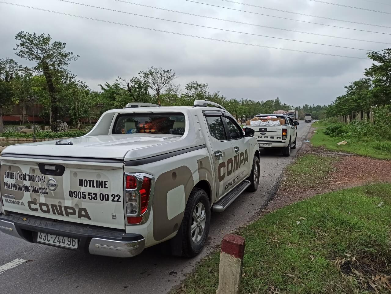 xe Conpa vận chuyển hàng từ thiện
