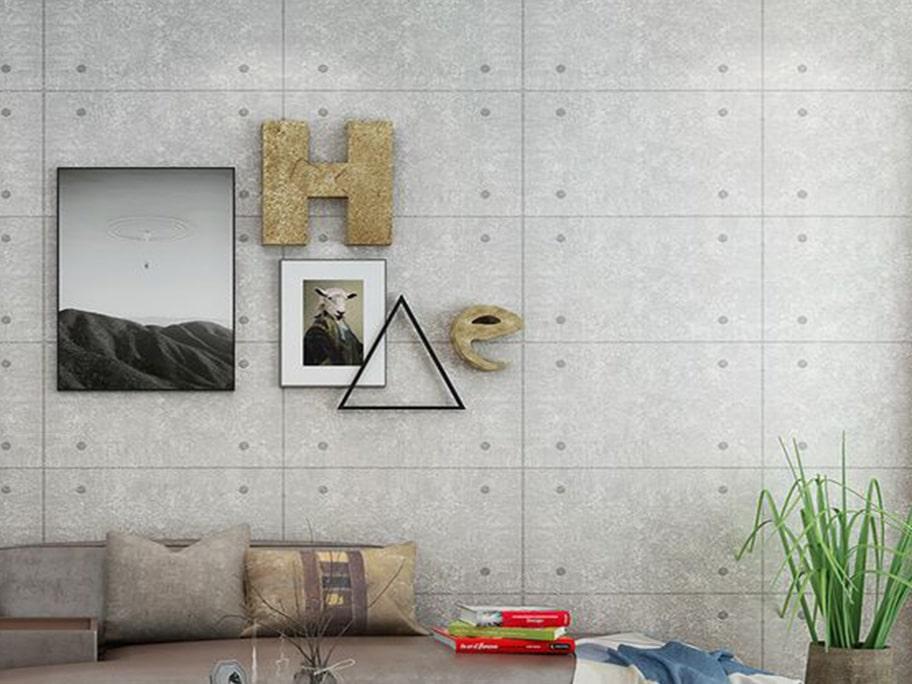 Không gian thoáng mát với giấy dán tường giả bê tông