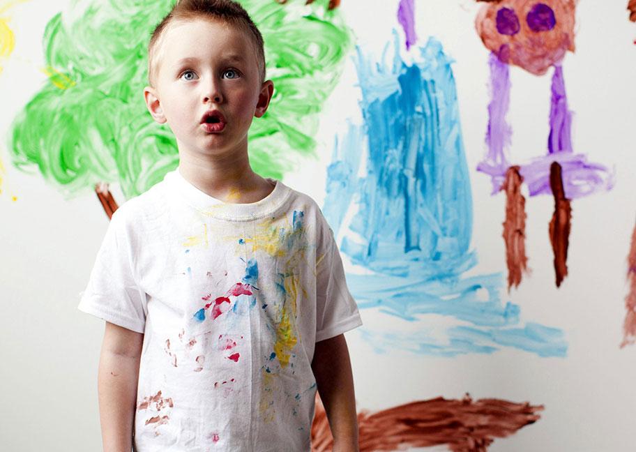 Những trường hợp sơn dính trên quần áo có thể tẩy rửa được