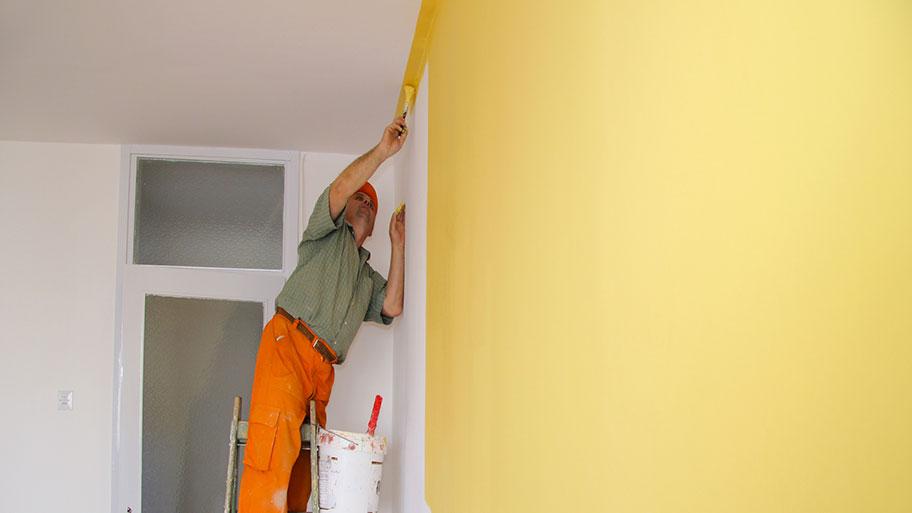 Lưu ý khi sơn lại tường đã quét vôi ve