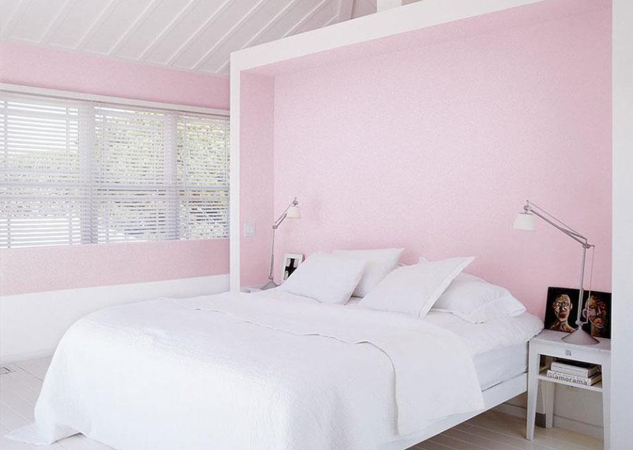 Phòng ngủ sơn màu trắng hồng