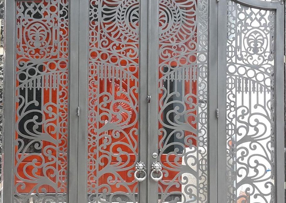 Sơn cửa sắt họa tiết màu ghi