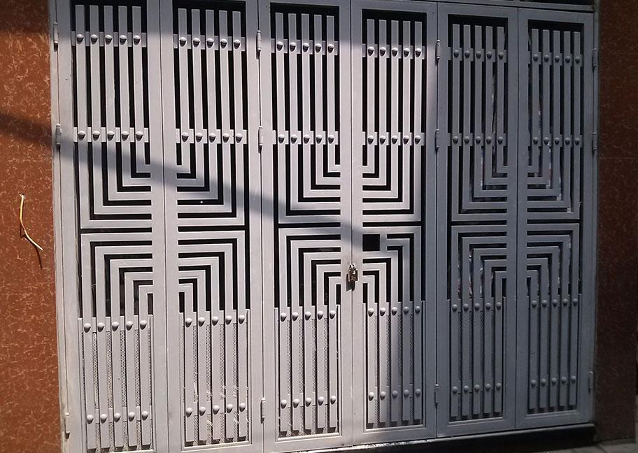 Sơn màu cổng sắt đẹp