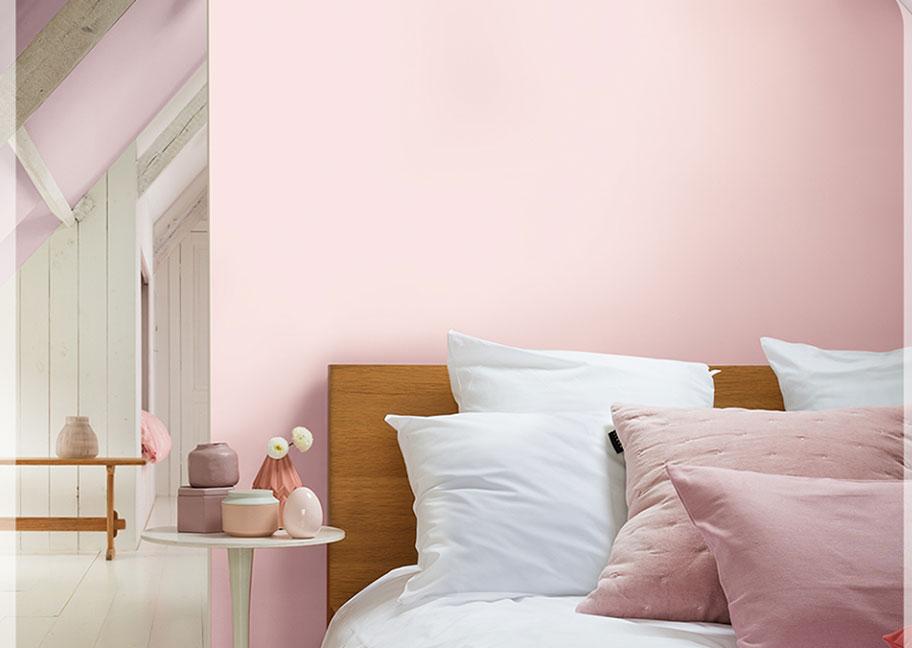 Phòng ngủ sơn tường màu hồng kem